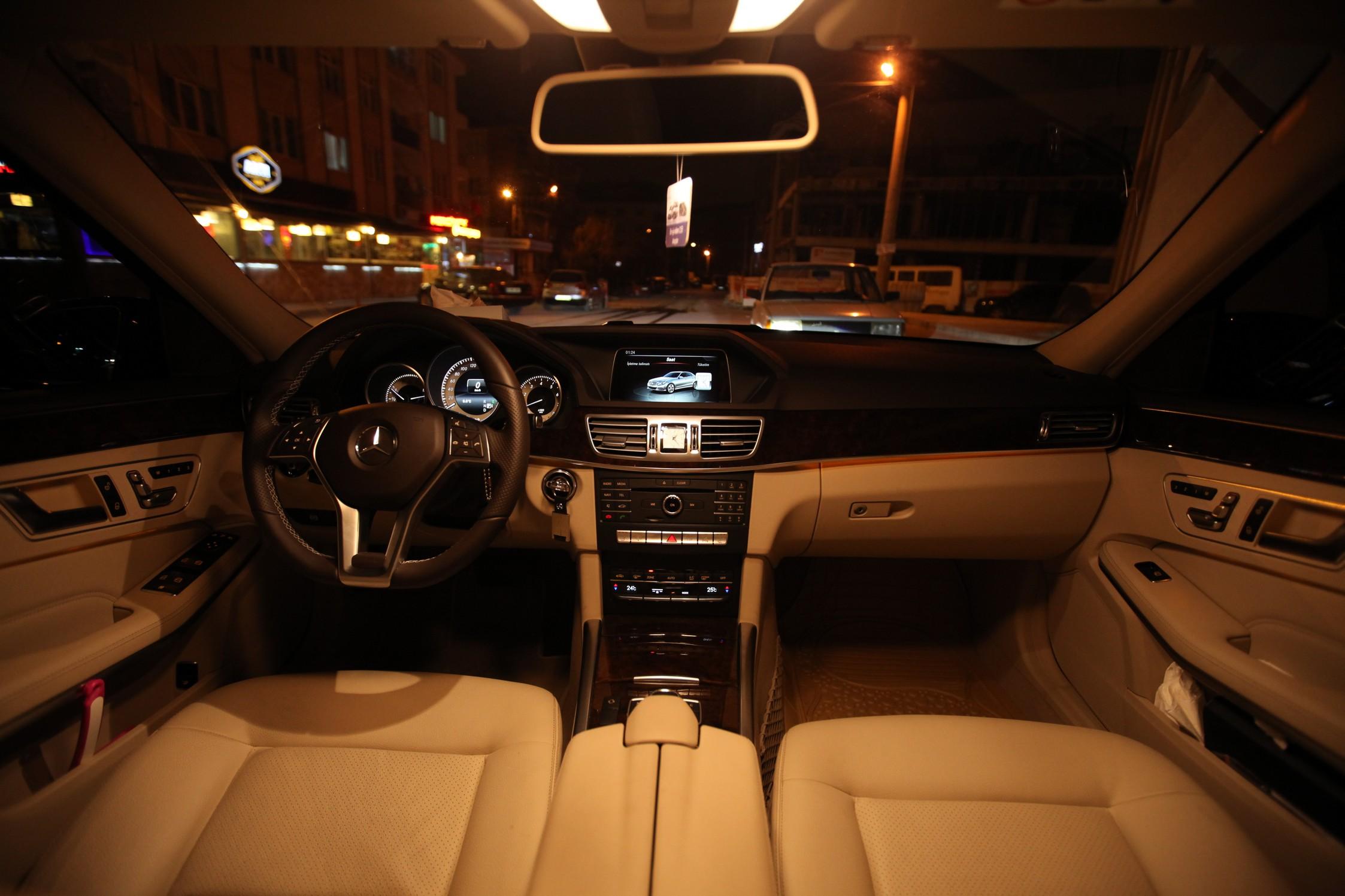 Mercedes-3-180-vip-trasnfer-005